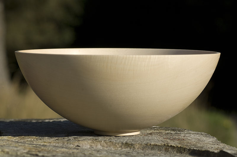 Ball shaped bowl in maple